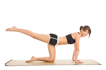 Kräftigung für Po, Rücken und Bauch: so einfach! - Fitnesswelt.de